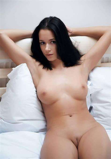Sexy Nude Brunettes Image
