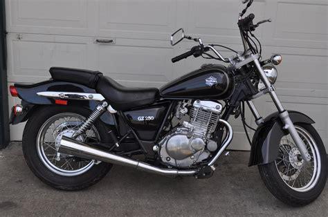 Suzuki Gz250 by 2011 Suzuki Gz250 Moto Zombdrive