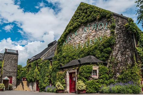 whisky distilleries  scotland regions tours
