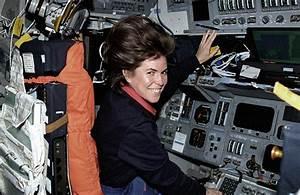 janice-voss-astronaut-sts-99.jpg?1328645489