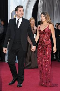 Penelope Cruz At The Oscars, Shows Off Post Baby Body ...