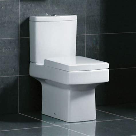 square modern toilet  soft close seat