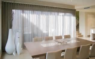 gardinen wohnzimmer modern moderne gardinen und vorhänge aus leinenstoffen 30 ideen