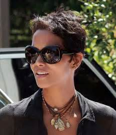Halle Berry Hairstyle 2017