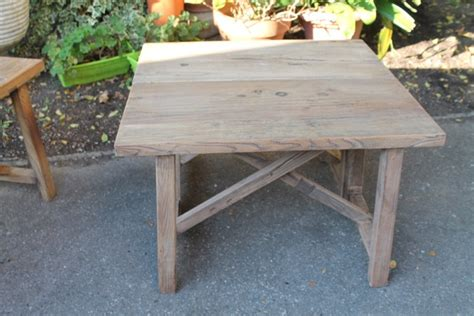banc table basse en bois brut naturel puces d oc