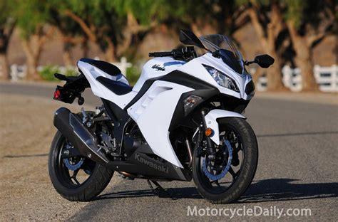 Kawasaki 300 Image by 2013 Kawasaki 300 Abs Moto Zombdrive