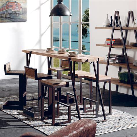 table haute au look industriel en bois brut et fer vieilli