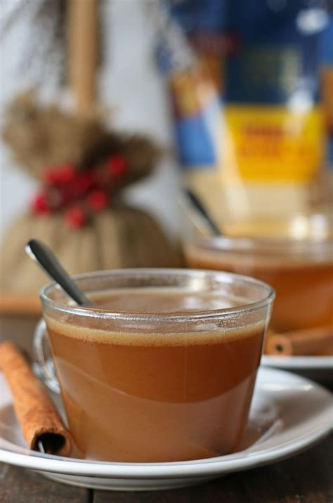Our favourite christmas drinks come in two varieties: Honey buttered rum is the perfect holiday drink! It has all of the warmth and spice of hot ...