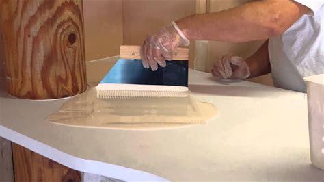 application resine epoxy sur comptoir youtube