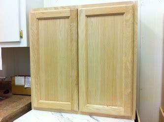 surplus warehouse oak cabinets find oak cabinets in our solid oak cabinets surplus