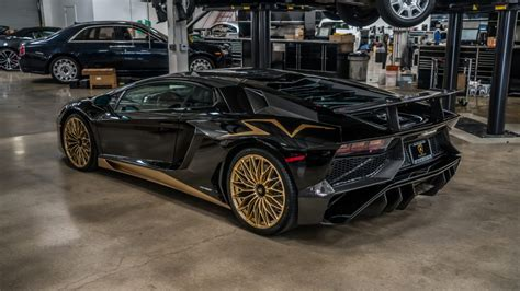 Black And Gold Cars by Black And Gold Lamborghini Aventador S Is One Of The Last