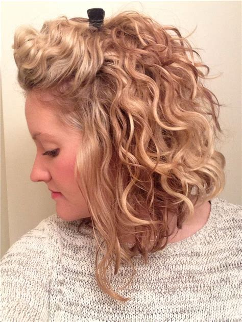 curly bob hairstyles ideas  pinterest curled