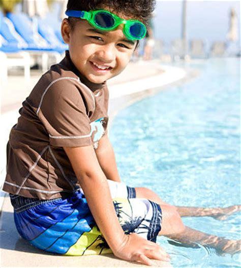 steps  helping kids love swimming