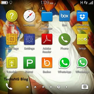 with blackberry os 10 3 1 you can use 2 whatsapp app on blackberry 10 phones