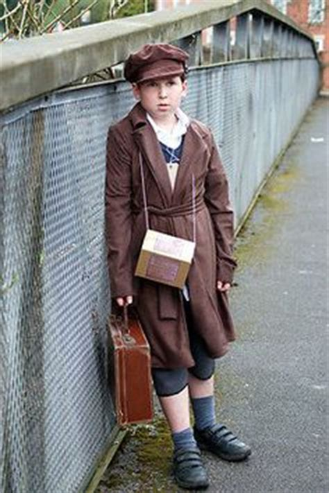 childs wwii gas mask box  evacuee project