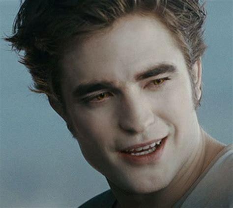 Robert Pattinson Beard