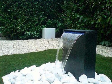 creer une fontaine exterieure franchise cardinal jardin jardinier architecte et