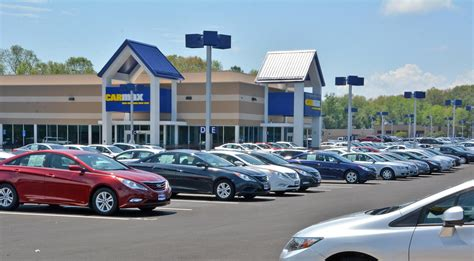 wilmington carmax hiring  people   store news