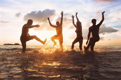 group  happy friends  fun    beach