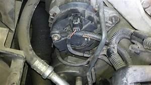 Batterie Megane 2 1 9 Dci : renault laguna 2 wymiana alternatora battery charge fault youtube ~ Gottalentnigeria.com Avis de Voitures