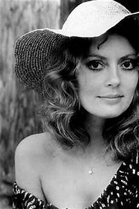 Susan Sarandon, 1970's-I look forward to being older, when ...
