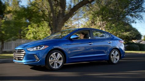 2016 Hyundai Super Bowl Ads Feature Ryan Reynolds, Talking