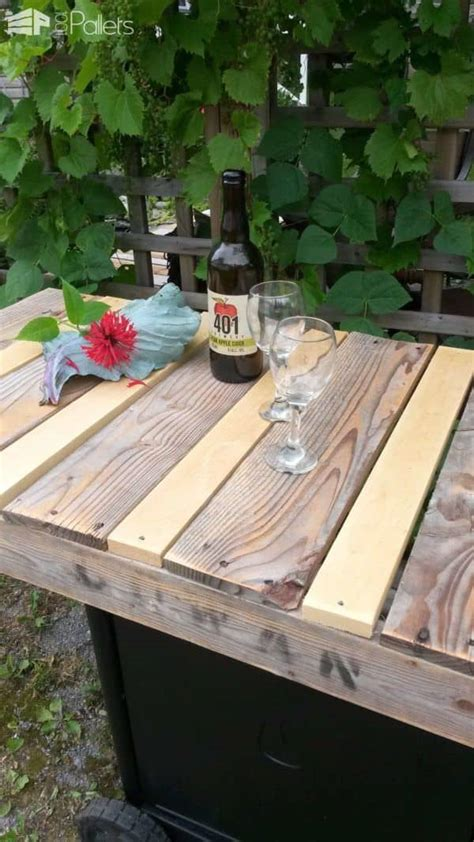 bbq remade   rustic serving cart  pallets