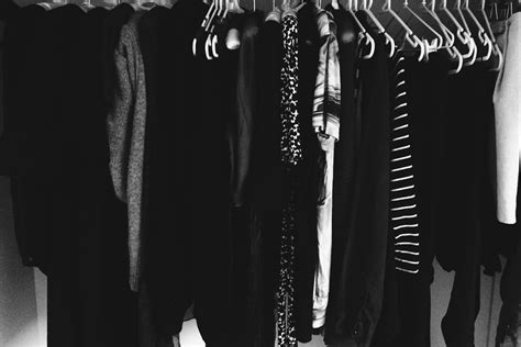 Black Clothes Wardrobe by The Pros Of An Almost All Black Wardrobe Cus