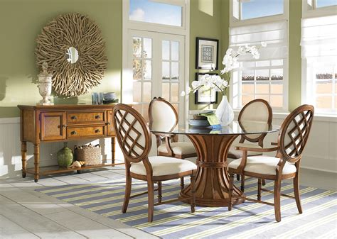 Glass Top Round Dining Table With Wood Base And Using