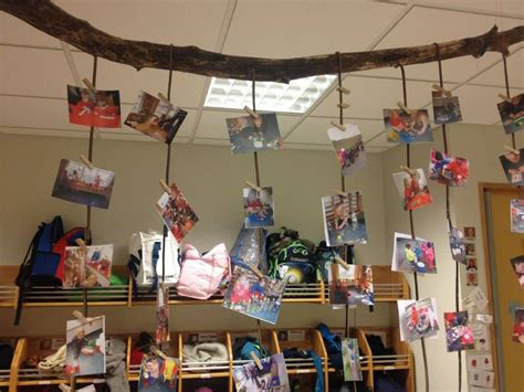 classroom pictures hung by tree branch stekkjaras school 727 | 57ff11f806433106059cd1d8cc270464