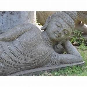 Grande Statue Bouddha Pas Cher : statue bouddha allong en pierre volcanique 1m50 achat vente decoration de jardin pas cher ~ Teatrodelosmanantiales.com Idées de Décoration