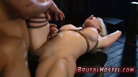 Bar Stool Sex Now She S Broke Stranded And Has No Id Eporner