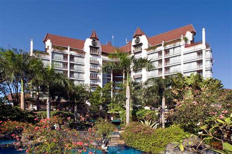 Hotel In Surabaya  Novotel Surabaya Hotel And Suites. Pullman Dresden Newa Hotel. Sekar Nusa Villas. St. Nicolas Bay Resort Hotel & Villas. Golden Bear Lodge & Spa Hotel. Cumberland Court Motel. Warmyes Business Hotel. Rimping Village Hotel. Merryseasons Motel