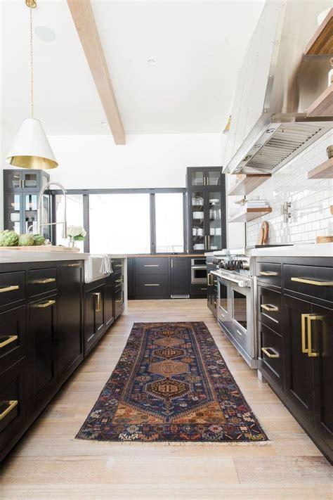 farmhouse kitchen backsplash best 25 brass hardware ideas on kitchen brass 3694