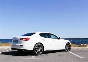 Maserati Quattroporte Prix Ttc : location maserati ghibli louer la maserati ghibli tarif et photos aaa luxury ~ Medecine-chirurgie-esthetiques.com Avis de Voitures