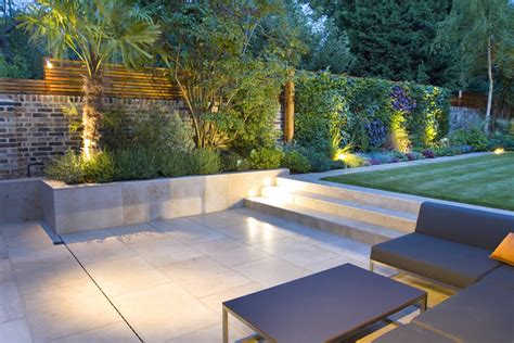 tips  create  minimalist garden  natural stones theydesignnet theydesignnet