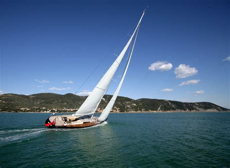 Fast Cruising Boats by Femme Hub Five Spots For Cruising And Sailing In