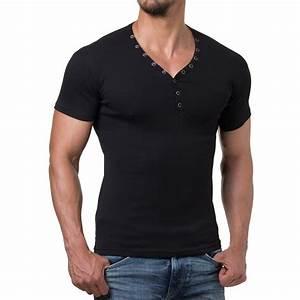 Tee Shirt Moulant Homme : vetement homme style style vestimentaire homme garde robe homme vetement homme ~ Dallasstarsshop.com Idées de Décoration