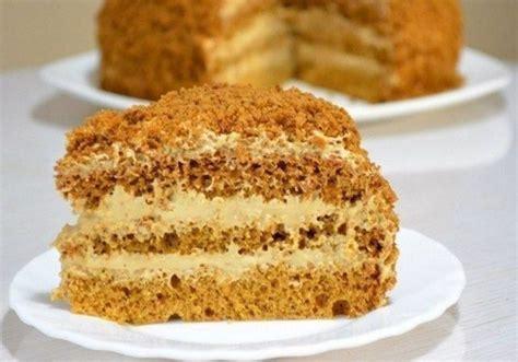 Medus torte ar vārīto krēmu   Десерты, Медовый торт, Вкусные торты
