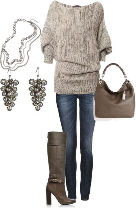 Top Casual Fall Woman Outfits With Boots Famous Trend