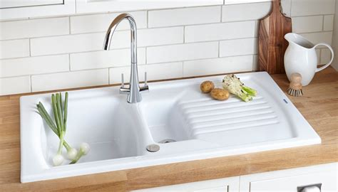 kitchen sink ideas kitchen sink buying guide ideas advice diy at b q