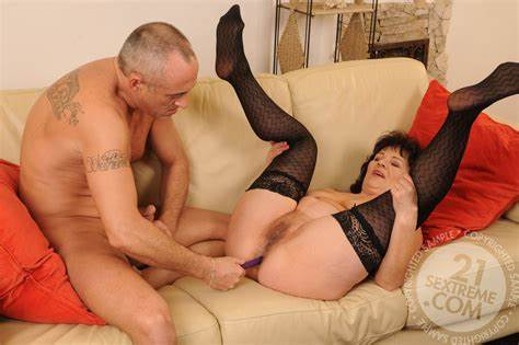 Fledgling Lady Comes 16 Pics Horny Wives Coed Makes Stretched With Husband Toy This Is Old