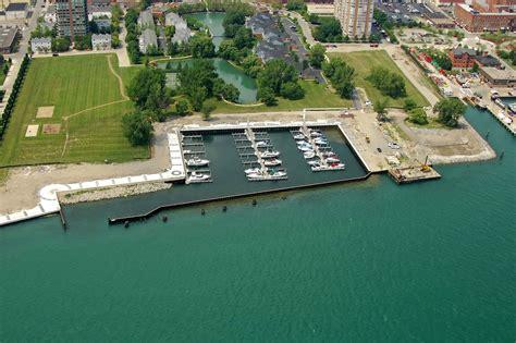 Boat Marinas In Detroit by Harbortown Marina In Detroit Mi United States Marina