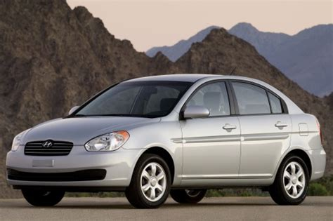 2010 Hyundai Accent Sedan by Used 2010 Hyundai Accent Sedan Pricing For Sale Edmunds