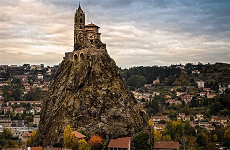 le puy en velay another header
