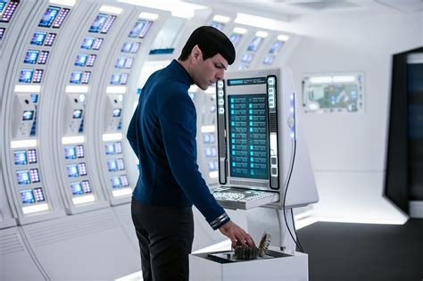 zachary quinto star trek star trek beyond cast on legacy the future of the
