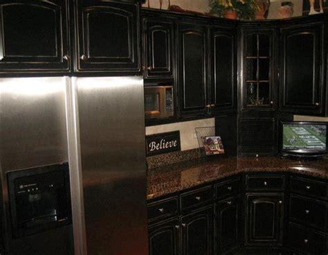 Black knobs for kitchen cabinets     Kitchen ideas
