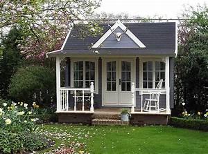 Fass Als Gartenhaus : clockhouse design gartenh user mit dem gewissen etwas gartenhaus magazin ~ Markanthonyermac.com Haus und Dekorationen
