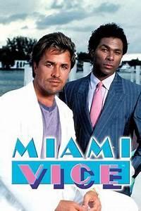 Don Johnson as 'Sonny Crockett' & Philip Michael Thomas as ...
