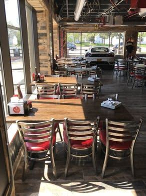 Top rated restaurants in east rochester. Napa Wood Fired Pizza closes, Ferrari Pizza Bar to open in ...